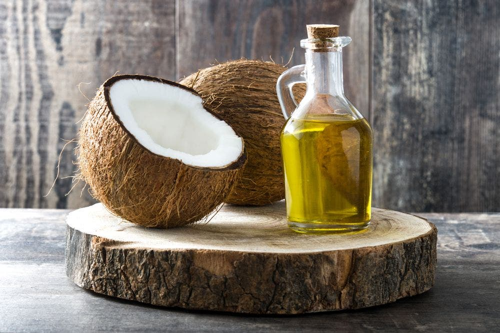 10 amazing uses of coconut oil