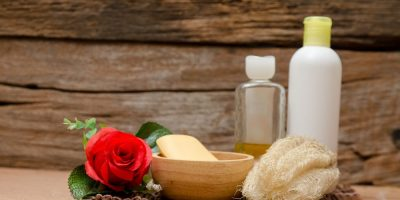 5 natural alternatives to shampoo