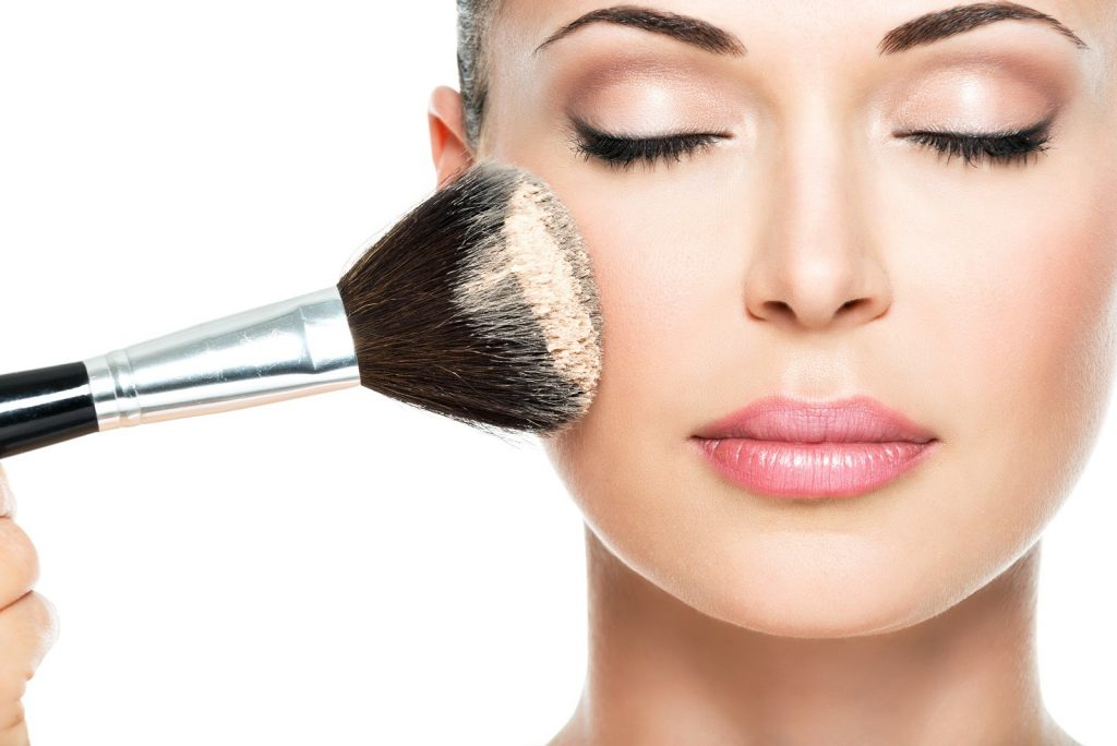 How to wear makeup in summer