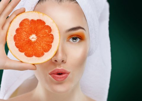 The virtues of pomelo for hair and skin