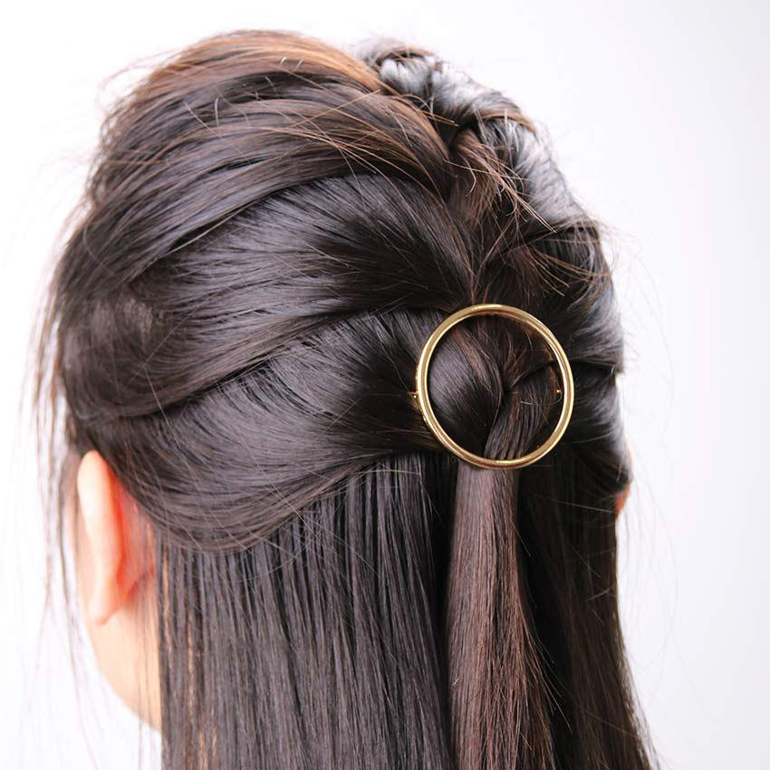 cute hairstyles with barrettes 2020